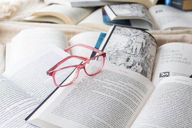 Knihy na štúdium.jpg